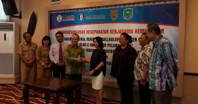 USAID LESTARI Signed 2 PPPs in Support of Community-Based Rubber – a Low Emissions Development Strategy (LEDS) in the Katingan-Kahayan Landscape